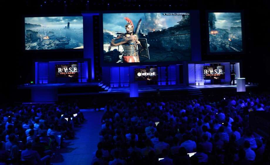 The Microsoft/Crytek game 'Ryse: Son of Rome,' following 'Roman soldier,' will be released exclusively for XBox One in November.