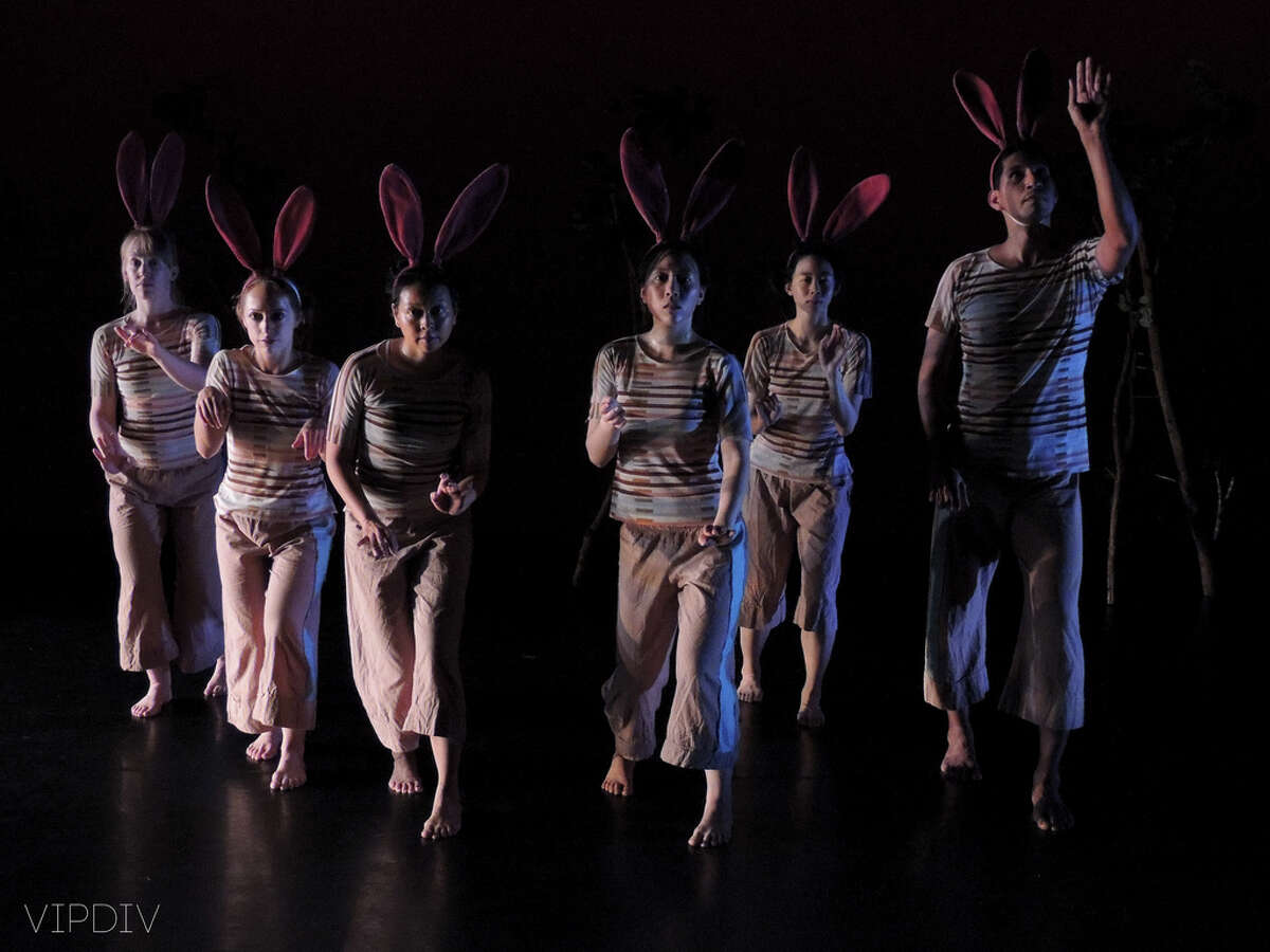Suchu Dance Company members Ashley Horn, from left, Shanon Adams, Tina Shariffskul, Prudence Sun, Sarah Leung and Leo Munoz as the