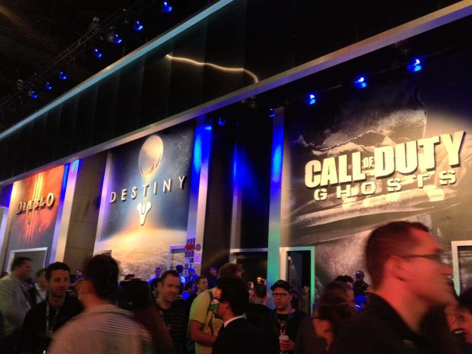 "Fans lined up to see the latest ""Call of Duty"""
