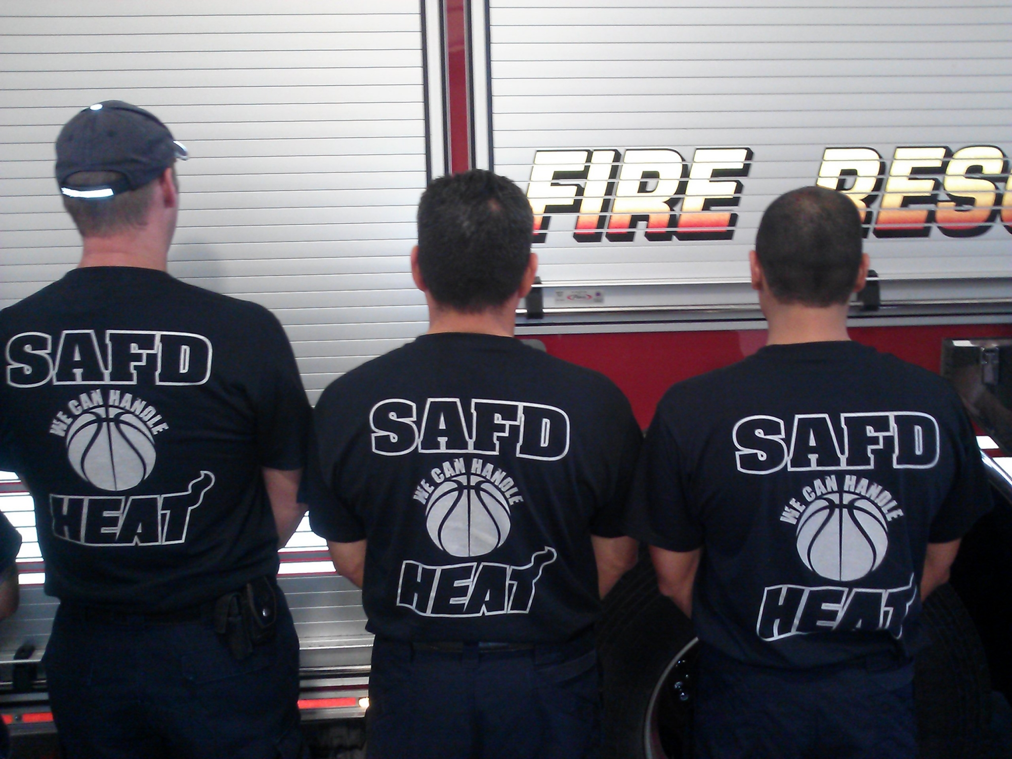 5d206121c SAFD honors Spurs with commemorative T-shirts - San Antonio Express-News