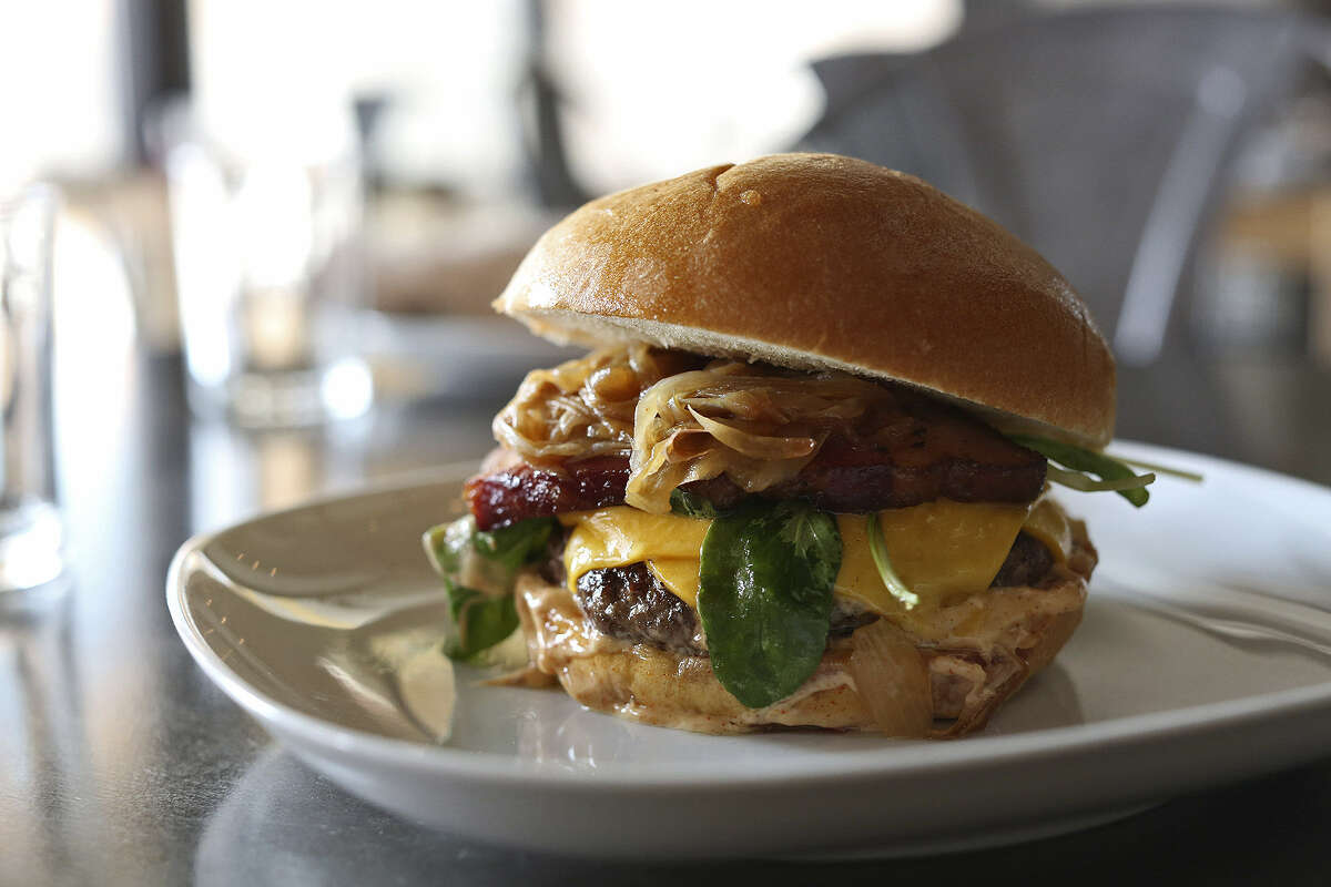 The Arcade Burger is one reason that Arcade Midtown Kitchen at Pearl merited the Critics' Choice award for best new restaurant.