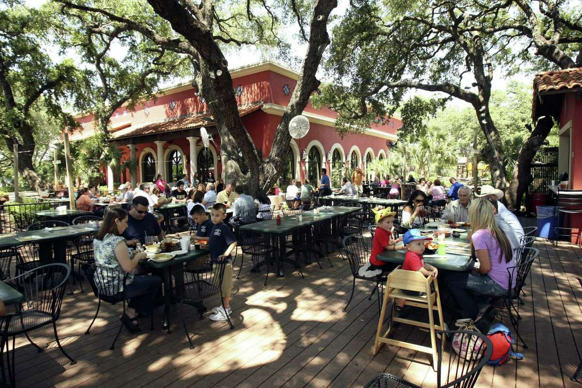 La Hacienda de Los Barrios, with its peaceful patio under shade trees and festive lighting, was voted best restaurant for outdoor dining.