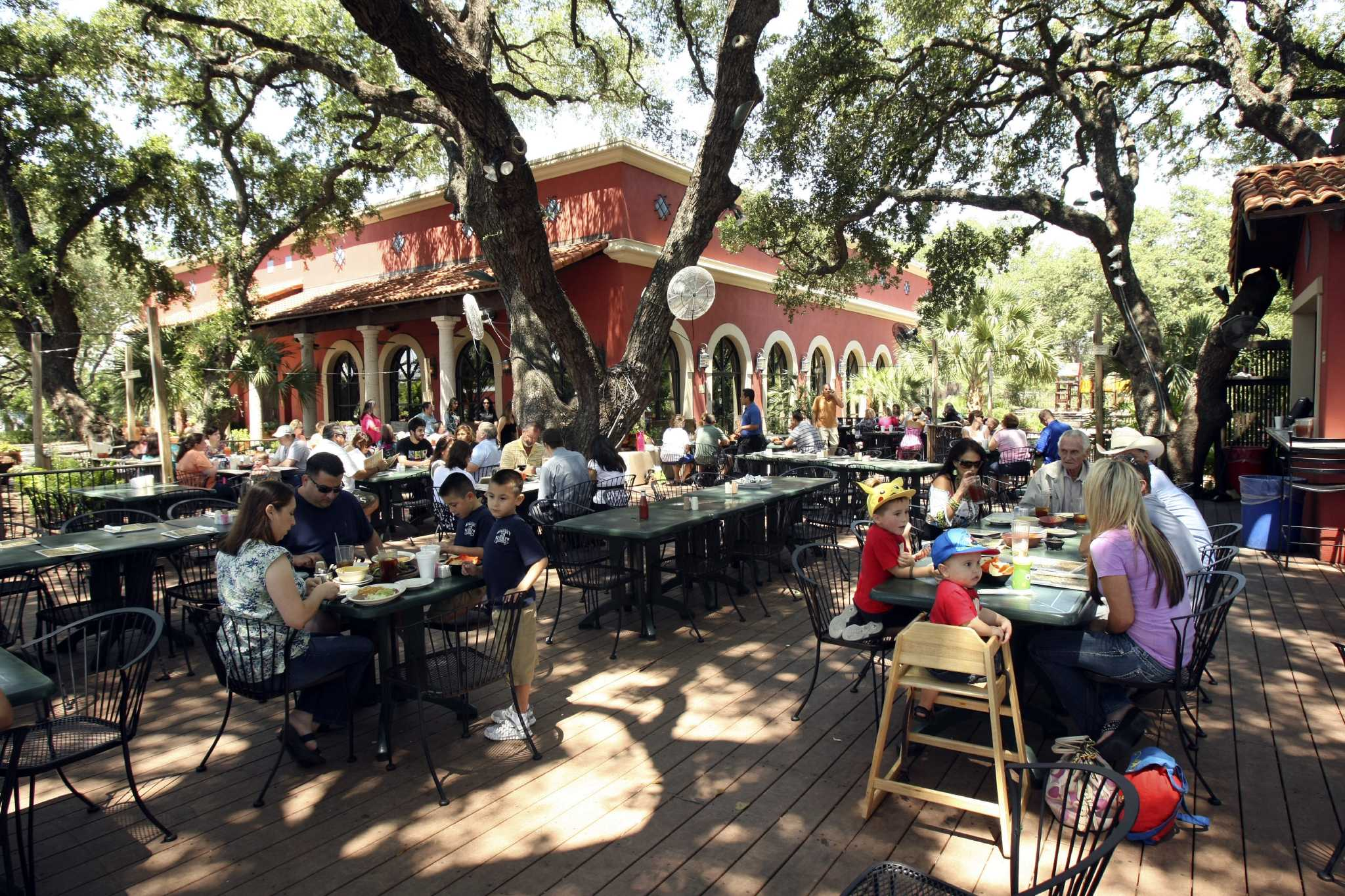 Bobby Flay Outdoor Kitchen Readers Choice Best Outdoor Dining San Antonio Express News