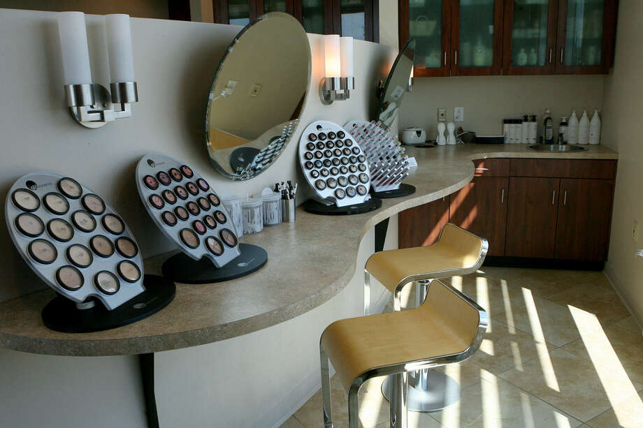 The makeup and beauty bar are among the amenities at Stadia Medical Spa, 21 Spurs Lane, which won the Readers' Choice award for best spa. Photo: Cynthia Esparza / For The Express-News