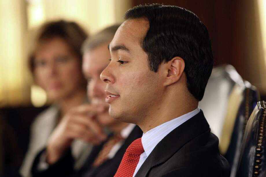 """Mayor Julián Castro, who describes education as """"a complicated business,"""" says, """"The benchmarks are being met that we set"""" on the Pre-K 4 SA program. Photo: Photos By Helen L. Montoya / San Antonio Express-News"""