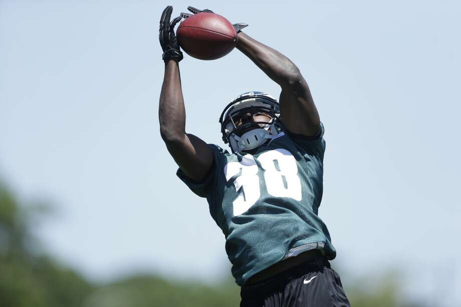 Felix JonesSigned one-year, $780,000 deal with the EaglesLast year: Cowboys Photo: Matt Rourke, Associated Press