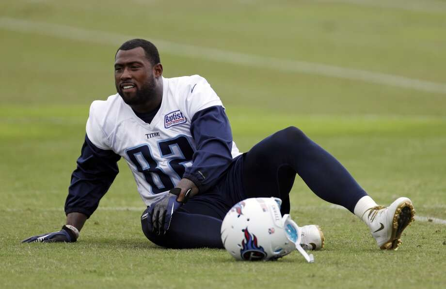 Delanie WalkerSigned four-year, $17.5 million deal with the TitansLast year: 49ers Photo: Mark Humphrey, Associated Press