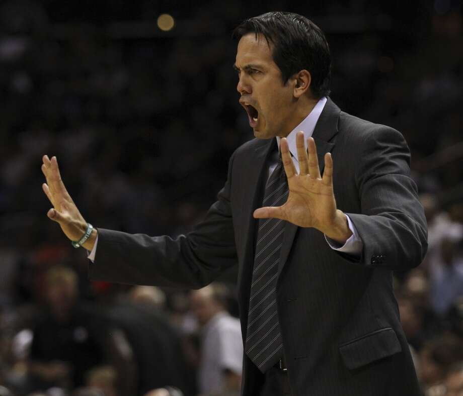 Miami Heat head coach Erik Spoelstra yells to his players during the second half of Game 4 of the NBA Finals at the AT&T Center on Thursday, June 13, 2013. (Kin Man Hui/San Antonio Express-News)