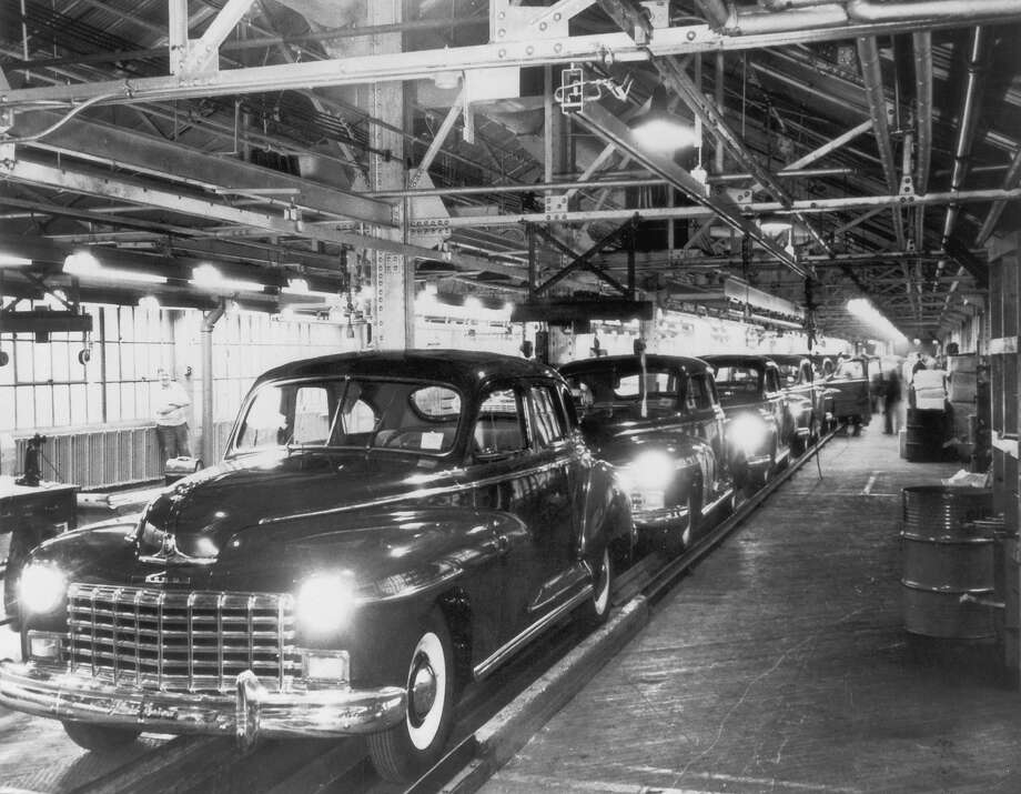 1948: Dodge car plant Photo: FPG, Getty Images / 2004 Getty Images