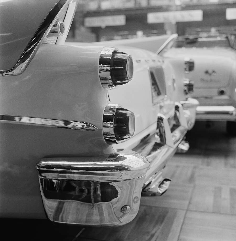 1956: Dodge Custom Royal Photo: Thurston Hopkins, Getty Images / Picture Post