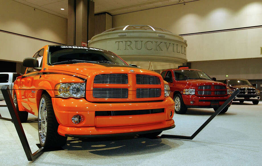 2003: Dodge RAM 2500 trucks. Photo: Ann Johansson, Getty Images / 2003 Getty Images