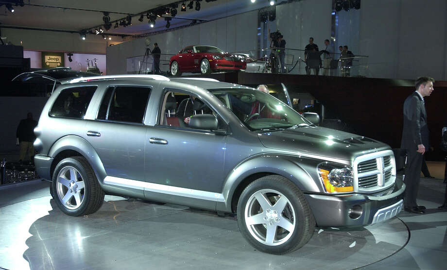 The 2003 Dodge Durango HEMI RT Concept Photo: Getty Images / 2002 Getty Images