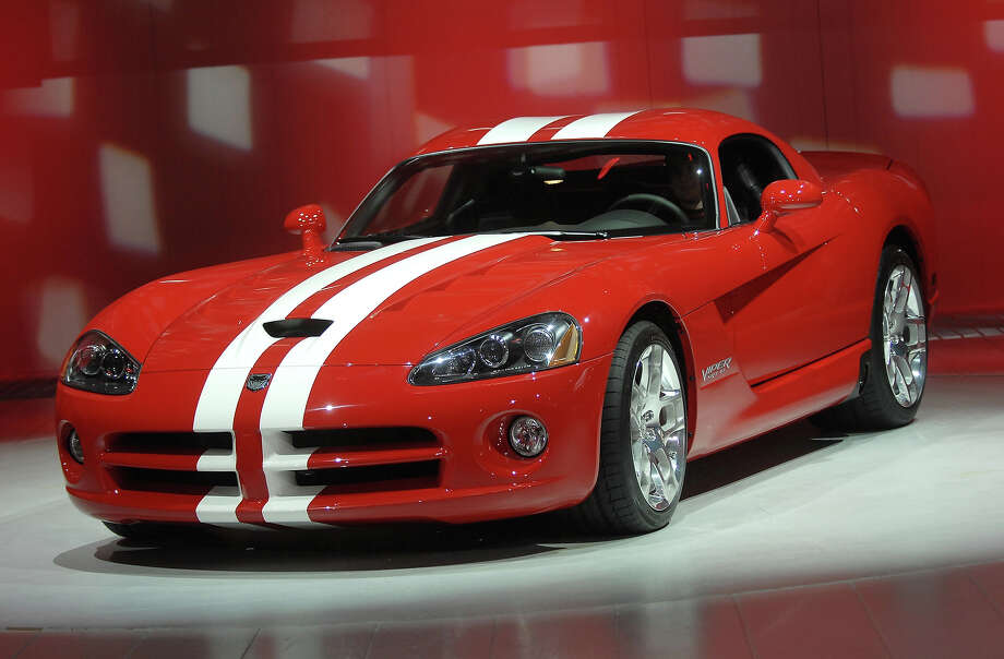 2007: The 600 horsepower 2008 Dodge Viper SRT10. Photo: Bryan Mitchell, Getty Images / 2007 Getty Images