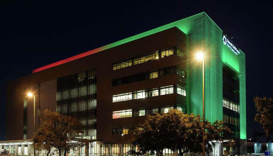 A computerized LED light sculpture illuminates the crown and the southern side of the Robert B. Green Clinical Pavilion, University Health System, downtown, where UTHSC pediatricians are moving their clinical practice this week. Photo: Courtesy Photo