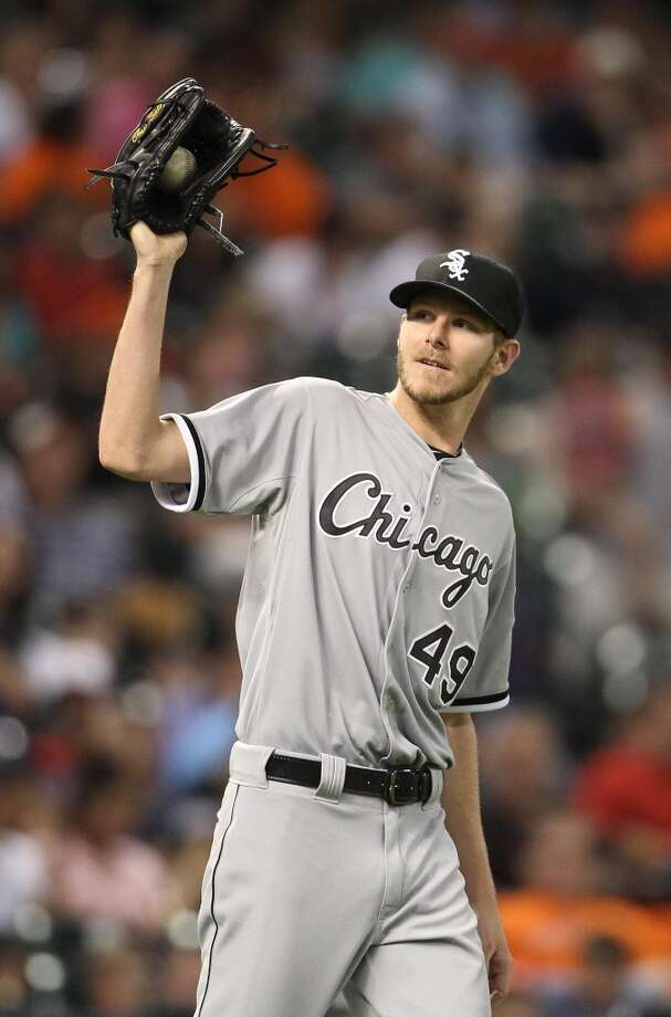 White Sox starting pitcher Chris Sale (49) after a wild pitch.