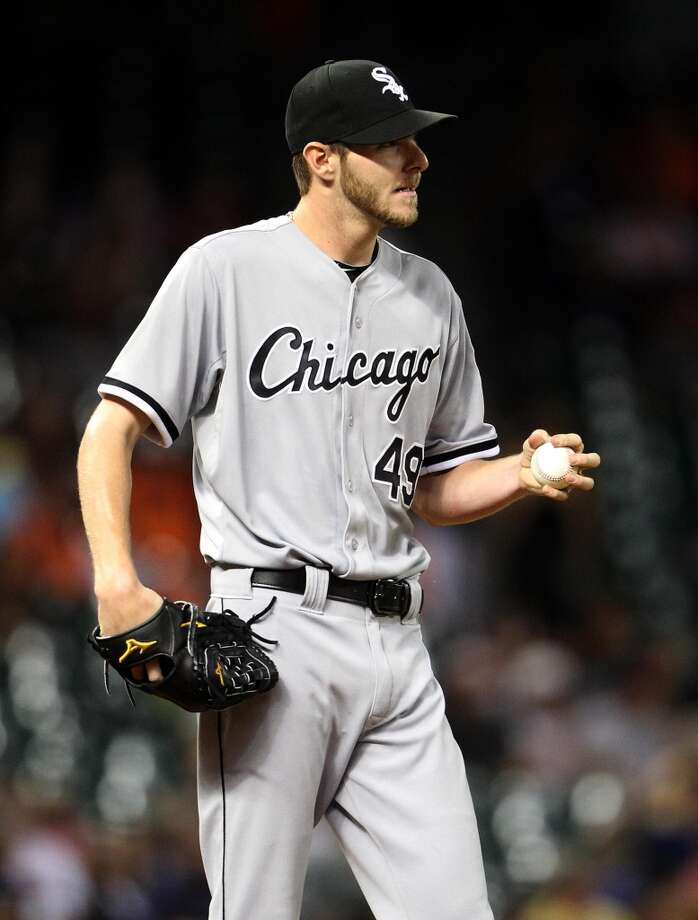 White Sox starting pitcher Chris Sale pitches.