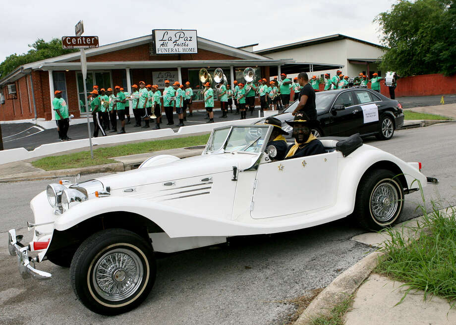 Trooper Eugene Wilson participates with the Buffalo Soldiers in his 1929 Mercedes Roadster during the Juneteenth Freedom Parade. Photo: Cynthia Esparza / For The San Antonio Express-News