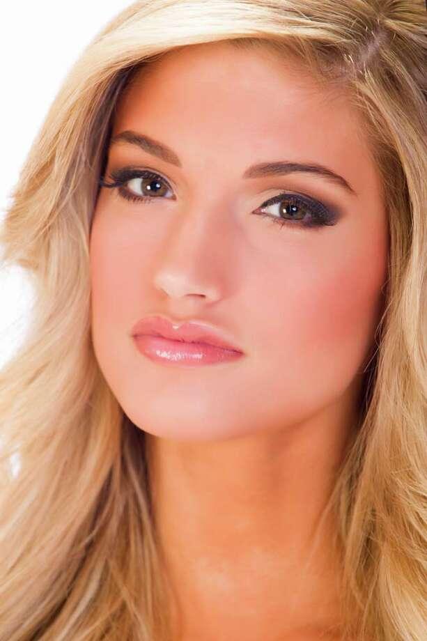 Miss Minnesota Danielle HooperFun fact: Her dream job is to own a bridal shop. Photo: Darren Decker, Miss Universe Organization / HO/Miss Universe Organization L.P., LLLP.
