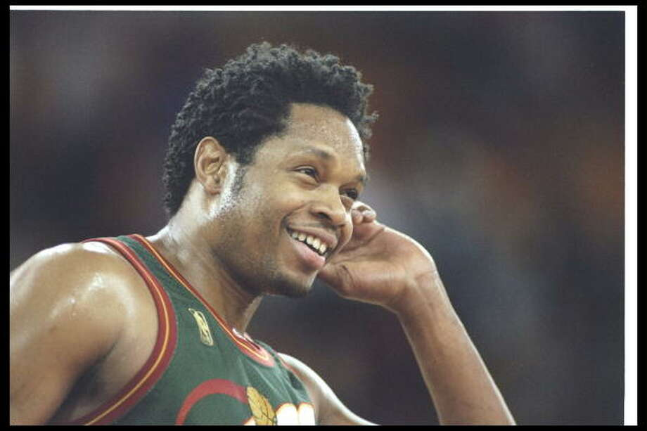 Big SmoothSam Perkins-- SuperSonics (1992-98)  Photo: Brian Bahr, Getty Images / Getty Images North America