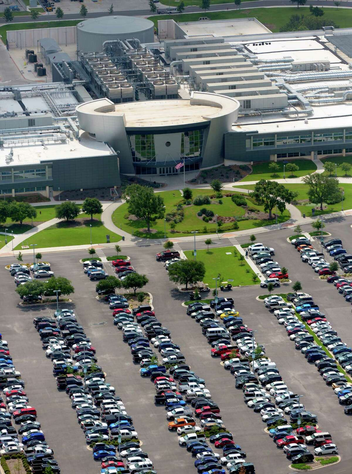 The National Security Agency building in San Antonio is seen in an aerial photo Thursday. The NSA may have invested as much as $300 million to overhaul the former Sony plant, which was closed in 2003, to turn it into a hub of classified activity.