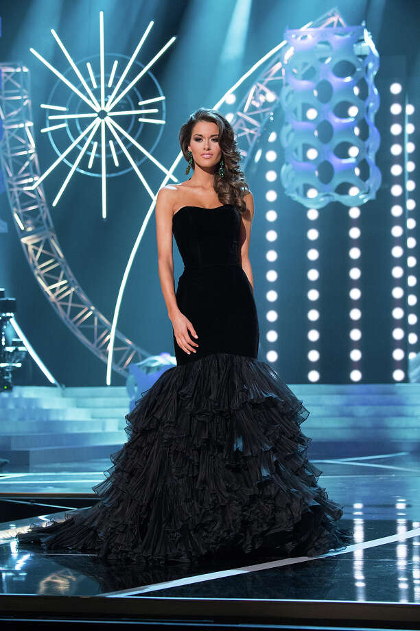 Miss Alabama USA 2013, Mary Margaret McCord, competes in her evening gown during the 2013 MISS USA Competition at PH Live in Las Vegas, Nevada on Sunday June 16, 2013. Photo: Patrick Prather, Miss Universe Organization / Miss Universe Organization L.P., LLLP.