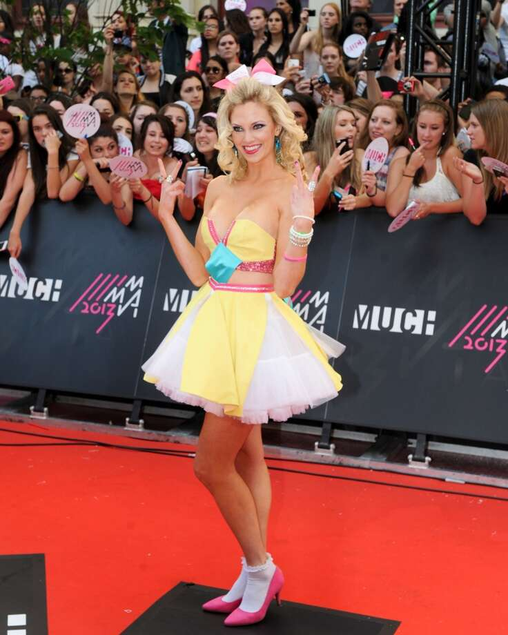 TORONTO, ON - JUNE 16:  Nicole Arbour arrives on the red carpet at the 2013 MuchMusic Video Awards at Bell Media Headquarters on June 16, 2013 in Toronto, Canada.  (Photo by Jag Gundu/Getty Images)