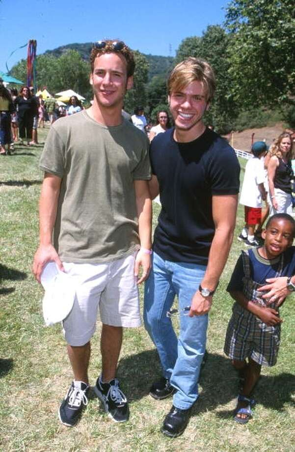Ben Savage & Matthew Lawrence in Los Angeles in 2000.