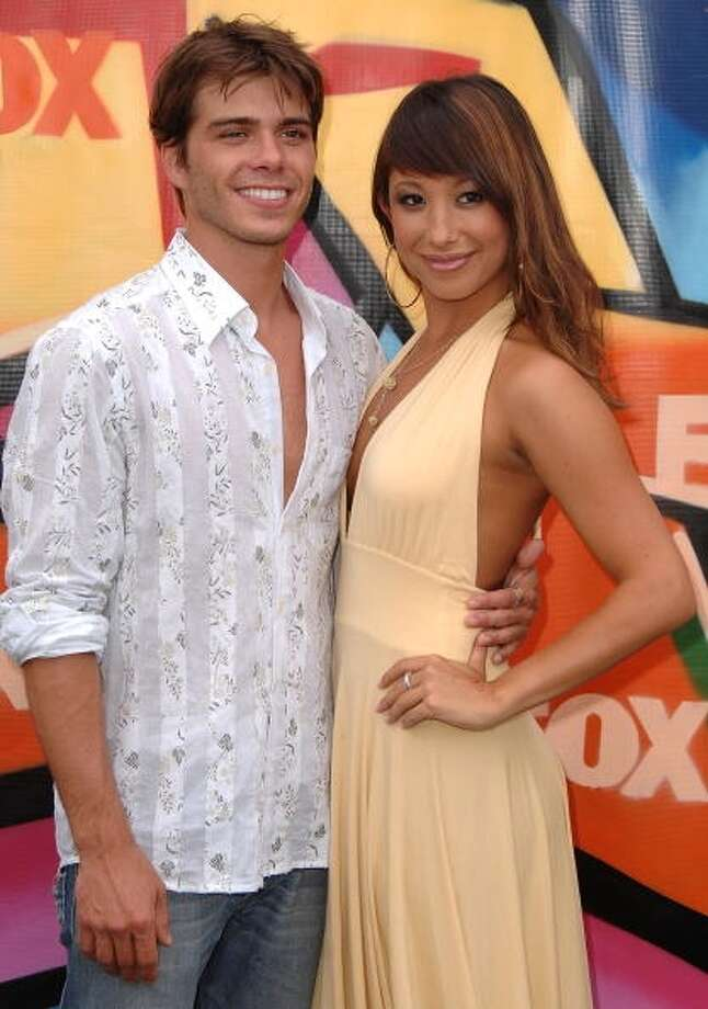 Actor Mathew Lawrence and Cheryl Burke arrive to the 2007 Teen Choice Awards at the Gibson Amphitheater on August 26, 2007.