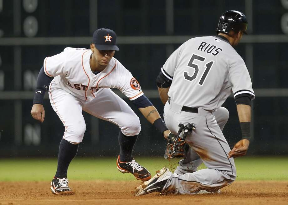 Alex Rios of the White Sox is safe at second.