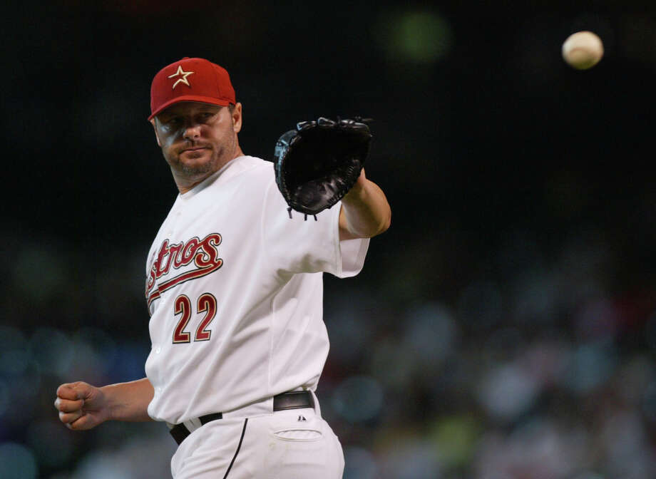 Roger Clemens returned to the Astros in 2005 on another one-year contract, going 13-8 with a career-best 1.87 ERA. He helped the Astros reach their first World Series, where they were swept in four games by the Chicago White Sox. Photo: Karen Warren, HOUSTON CHRONICLE / HOUSTON CHRONICLE