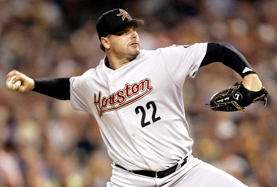 Roger Clemens of the Houston Astros pitches during the fifth inning of the 2005 MLB All-Star Game at Comerica Park in Detroit on July 12, 2005. Photo: PAUL SANCYA, AP / AP
