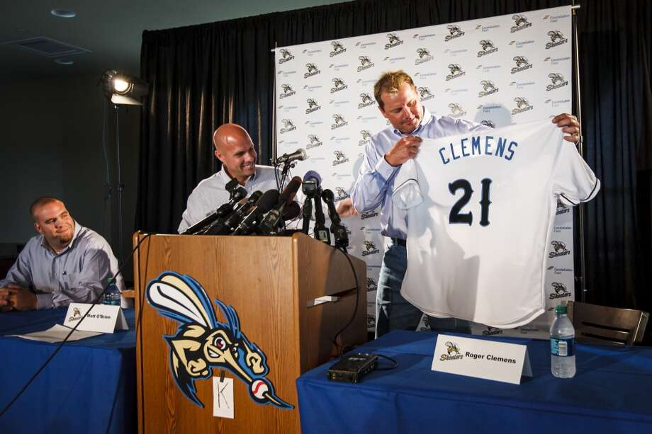 At the age of 50, Clemens signed a short-term contract with the Sugar Land Skeeters, an independent minor league baseball team. Photo: Michael Paulsen, Chronicle