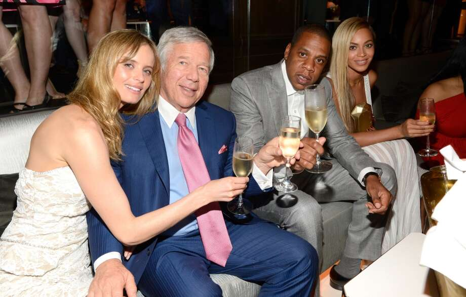 NEW YORK, NY - JUNE 17:  (Exclusive Coverage)  Ricki Noel Lander, Robert Kraft, Jay-Z and Beyonce attend The 40/40 Club 10 Year Anniversary Party at 40 / 40 Club on June 17, 2013 in New York City.  (Photo by Kevin Mazur/WireImage)