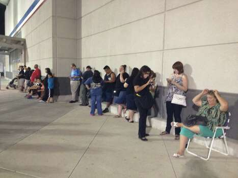 What once had been a regular weeknight for Academy Sports + Outdoors, 2643 NW Loop 410, quickly turned into an exciting night for Spurs fans. People started lining up as soon as 10 p.m., waiting in line to receive their hopeful championship Spurs gear. Photo: Elise Brunsvold / San Antonio Express-News