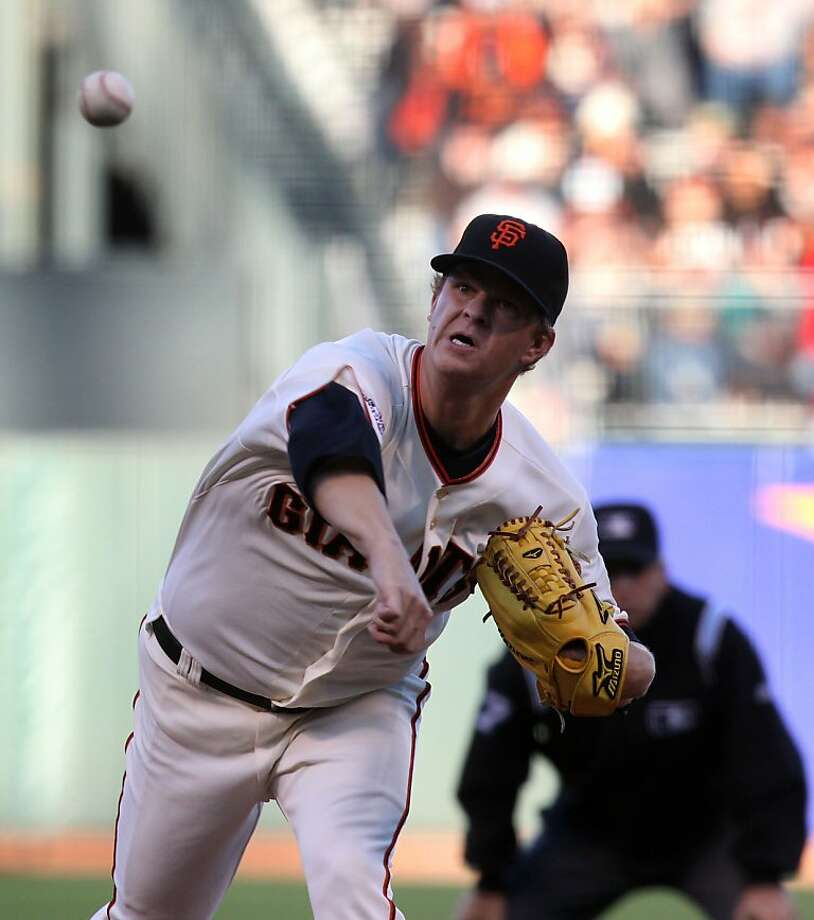 Matt Cain struck out 10 batters and retired 15 hitters in a row after a single to start the game. Photo: Lance Iversen, The Chronicle