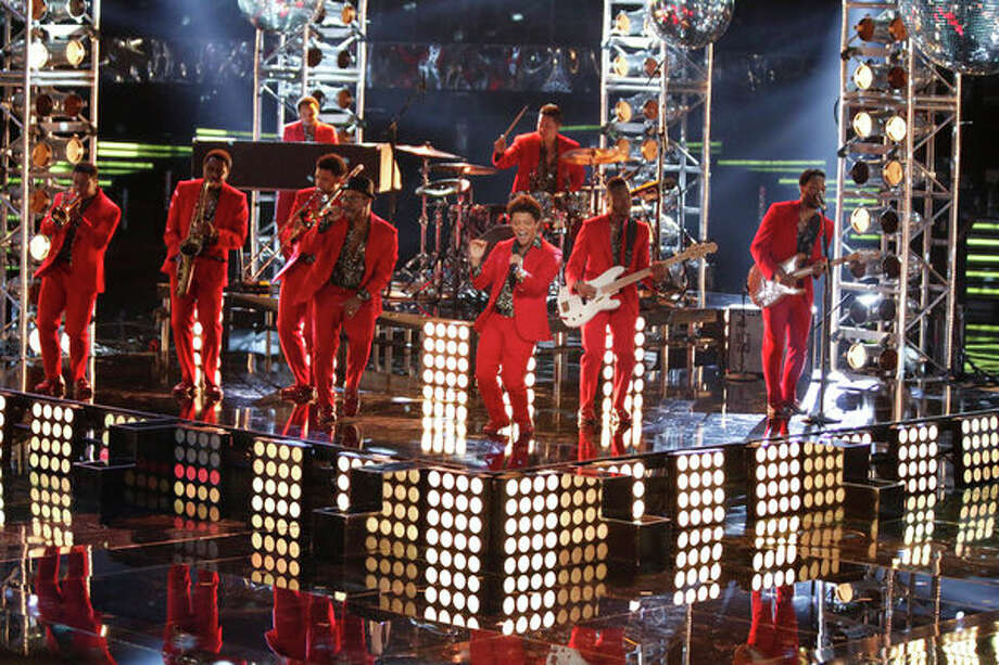 "THE VOICE -- Episode 419B ""Live Finale"" -- Pictured: Bruno Mars -- Photo: NBC, Tyler Golden/NBC / 2013 NBCUniversal Media, LLC"