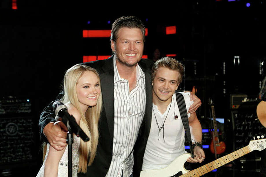 "THE VOICE -- Episode 419B ""Live Finale"" -- Pictured: (l-r) Danielle Bradbery, Blake Shelton, Hunter Hayes -- Photo: NBC, Trae Patton/NBC / 2013 NBCUniversal Media, LLC"