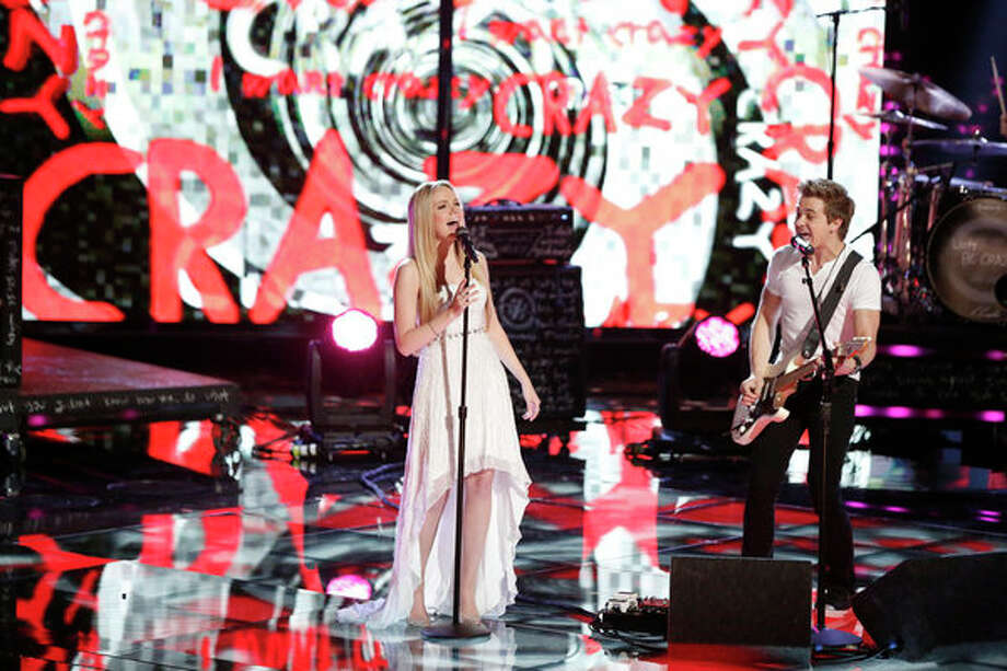 "THE VOICE -- Episode 419B ""Live Finale"" -- Pictured: (l-r) Danielle Bradbery, Hunter Hayes -- Photo: NBC, Tyler Golden/NBC / 2013 NBCUniversal Media, LLC"