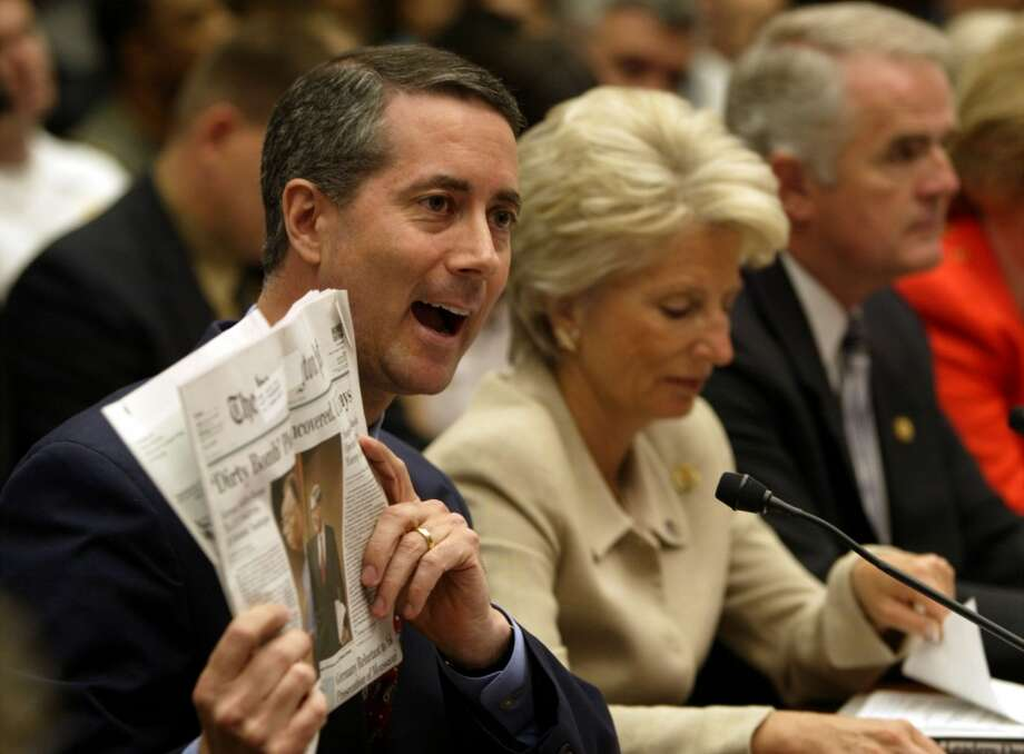 "KRT US NEWS PHOTO SLUGGED: ATTACKS-INTELLIGENCE KRT PHOTOGRAPH BY CHUCK KENNEDY/KRT (JUNE 11) WASHINGOTN, DC - Rep. William ""Mac"" Thornberry (R-TX) holds up a newspaper headline about uncovering a plot to explode a 'dirty bomb,' during Thornberry's testimony before the House Government Reform subcommittee on national security at a Capitol Hill hearing on federal reorganization to combat terrorism, Tuesday, June 11, 2002, in Washington, D.C. He was one of six lawmakers who have been pushing creation of a Homeland Security Department for months and praised the thrust of President Bush's new proposal at the hearing. (KRT) NC KD BL 2002 (Horiz) (cwk)"