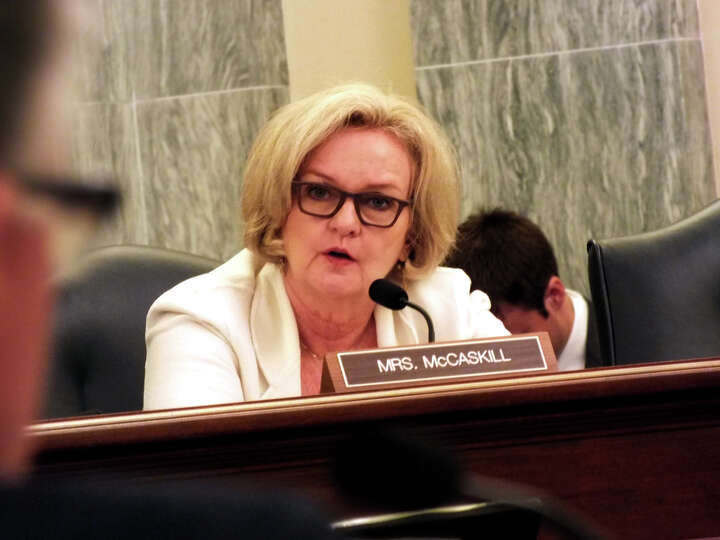 Missouri Democrat Sen. Claire McCaskill South Dakota Republican probes panel experts at the Commerce