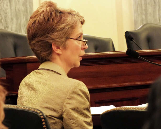 Susan Fleming, director of physical infrastructure in the U.S. General Accounting Office, testifies