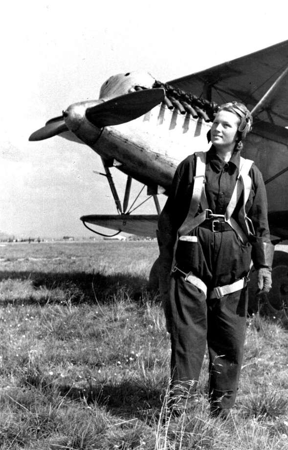 Veronique Stroutchko, an instructor at Leningrad Flying Club, is pictured at the Air Show at Aviation City Aerodrome at Leningrad, Soviet Union, in August 1939. Photo: Hulton Archive, Getty Images / Hulton Archive
