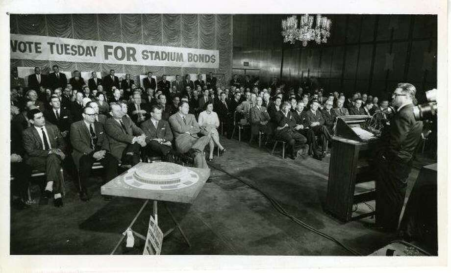 A large crowd attends a rally, January 26, 1961,  in support of passing the stadium bonds to finance construction of the proposed domed stadium (Astrodome).
