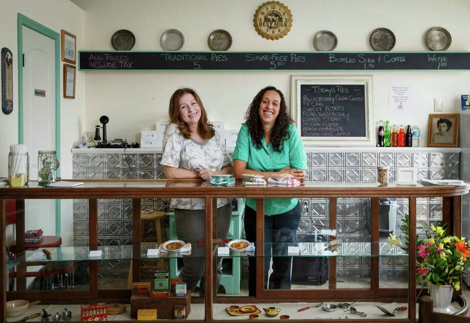 Carolyn Cronk Birden, left, and daughter Bianca Davis are the owners of Mighty Sweet Mini Pies, a new neighborhood bakery on North Main. Photo: Michael Paulsen, Staff / © 2013 Houston Chronicle