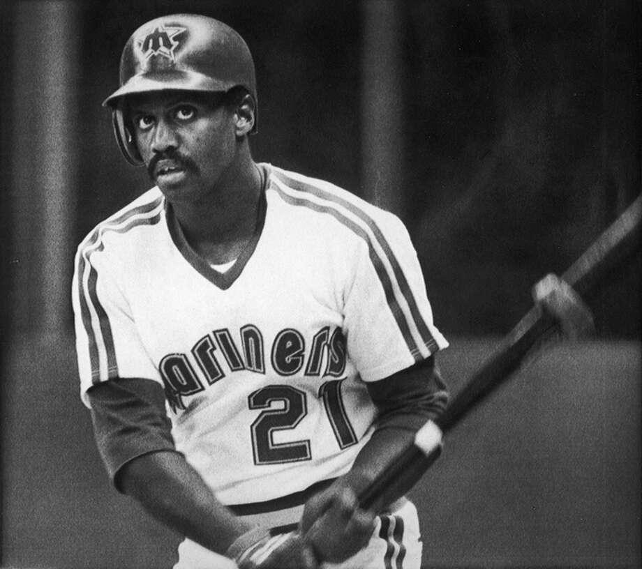 1984 Alvin Davis -- 27 home runsfirst baseman  Next five: 24 -- Ken Phelps, DH 15 -- Al Cowens, RF 14 -- Dave Henderson, CF 10 -- Steve Henderson, UT 10 -- Jim Presley, 3B  Photo: AP/P-I ARCHVIE 1986