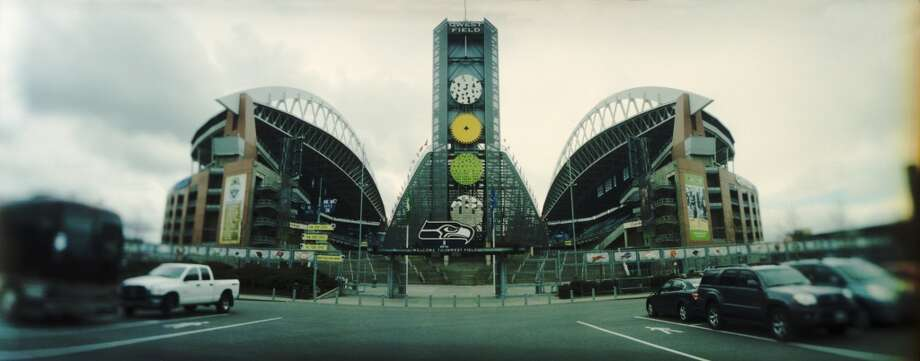 8 - While our sports teams may not be over-the-top stellar performers, we have a great range of sports and fantastic stadiums. Not every citizen of Seattle was in favor of them, but here they are and they're pretty impressive.