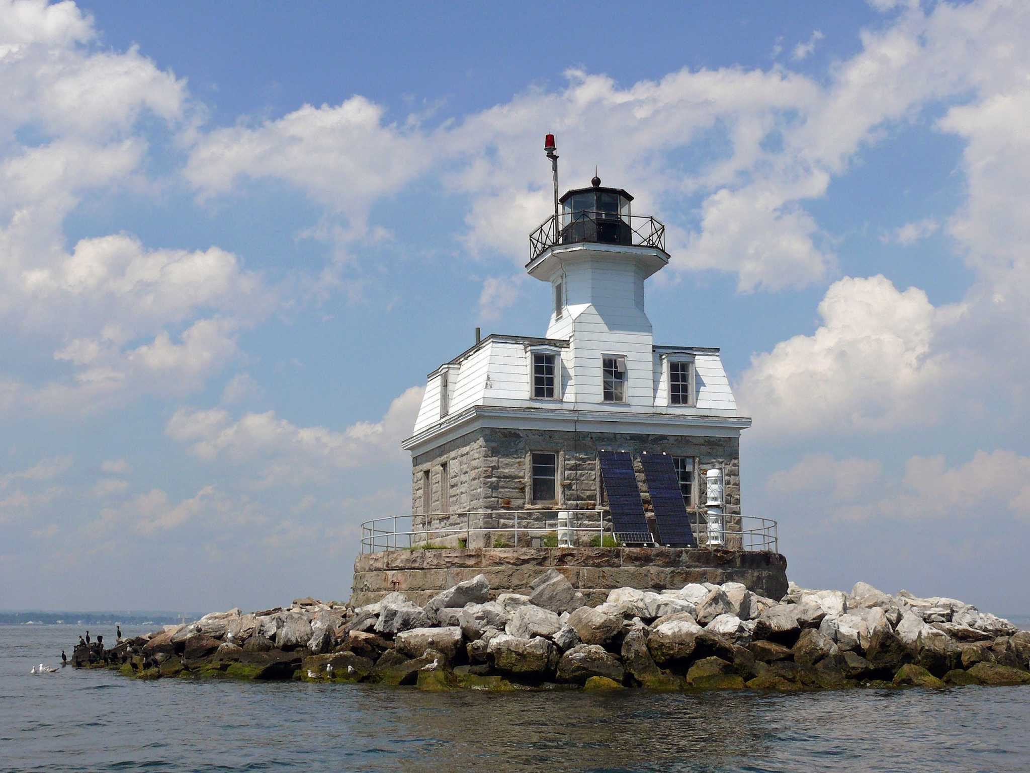 Three historic lighthouses up for grabs penfield included three historic lighthouses up for grabs penfield included connecticut post sciox Image collections