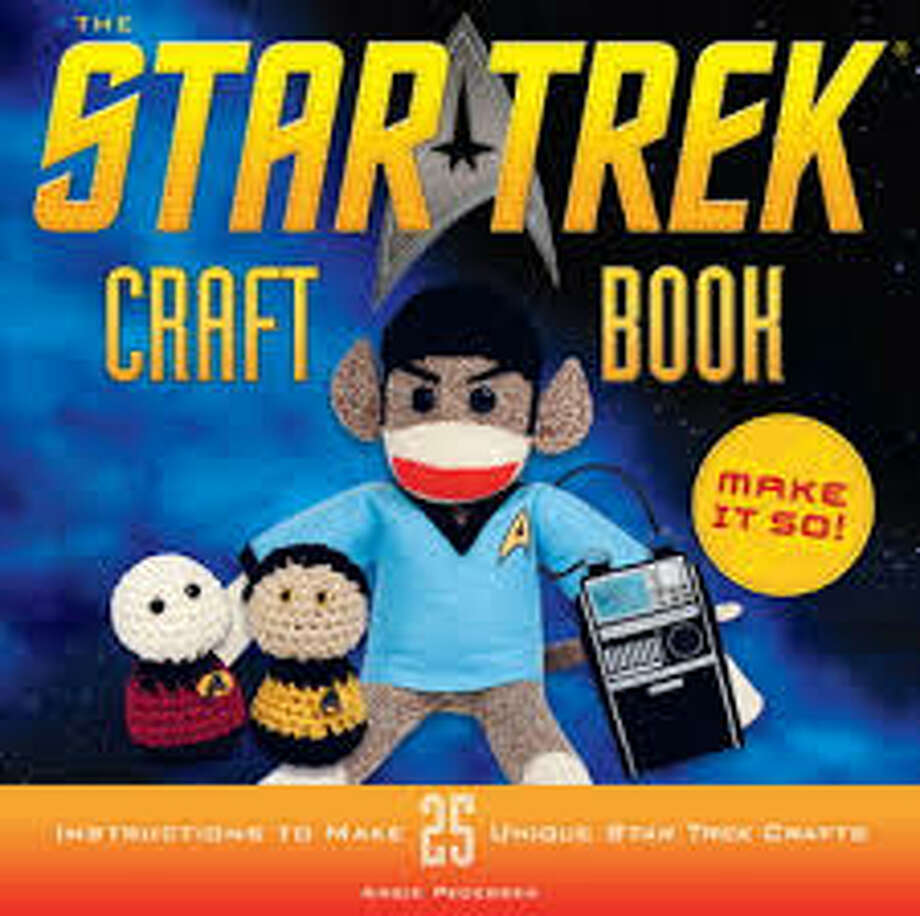 """Star Trek Craft Book"""