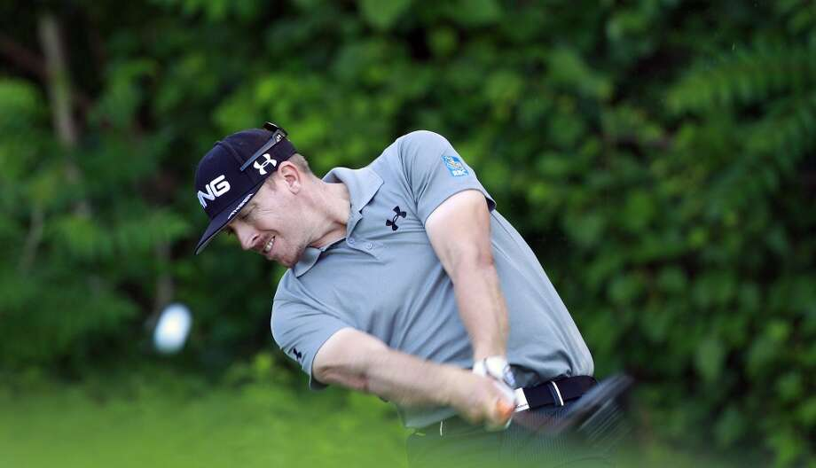 CROMWELL, CT - JUNE 20:  Hunter Mahan hits his drive on the 12th hole  during the first round of the Travelers Championship held at TPC River Highlands on June 20, 2013 in Cromwell, Connecticut.  (Photo by Michael Cohen/Getty Images)