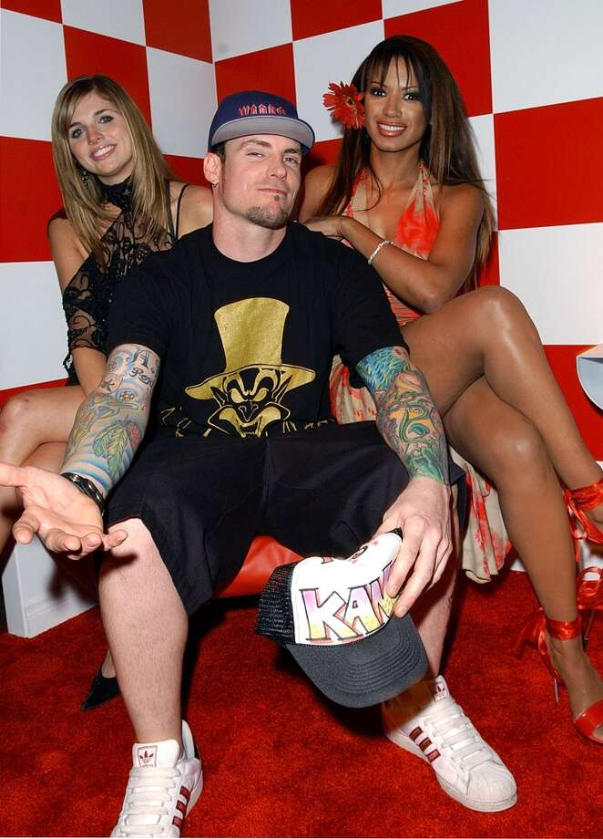 Vanilla Ice knows how to get the ladies.